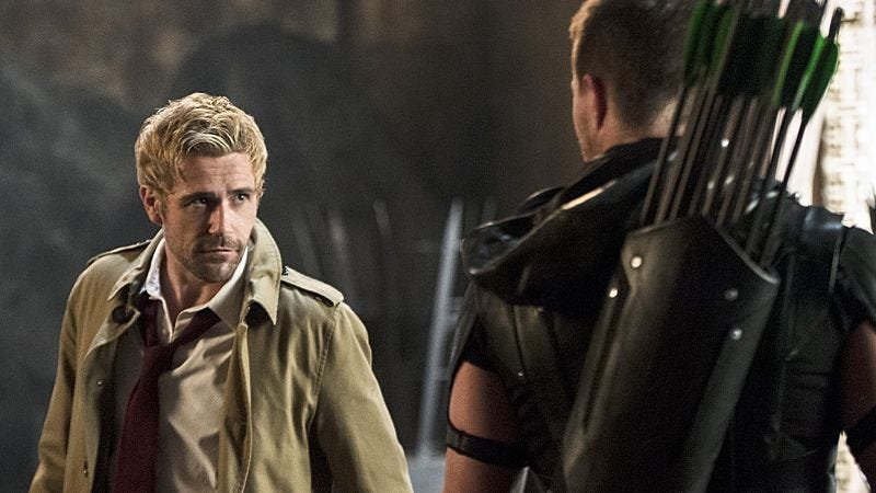 Illustration for article titled Green Arrow meets John Constantine