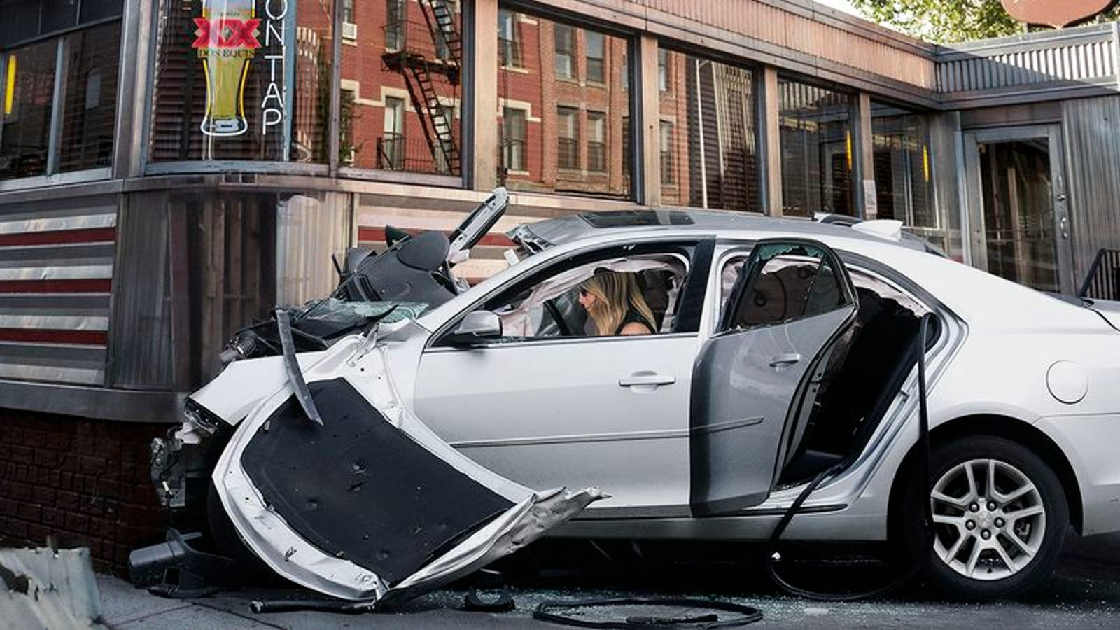 Lending A Hand: Jennifer Aniston Smashed Her Car Into This Small-Town Diner To Help It Attract ...