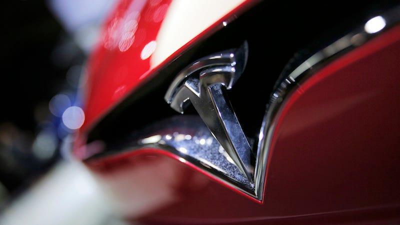 Tesla está probando su nuevo hardware de piloto automático en un programa dirigido a sus empleados.