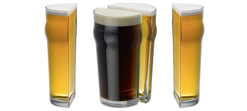Illustration for article titled These Split Beer Glasses Are Perfect for Half-Pints