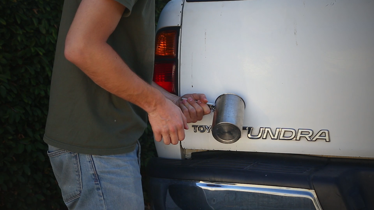How To De-Badge Your Car With Nothing But Hand Tools