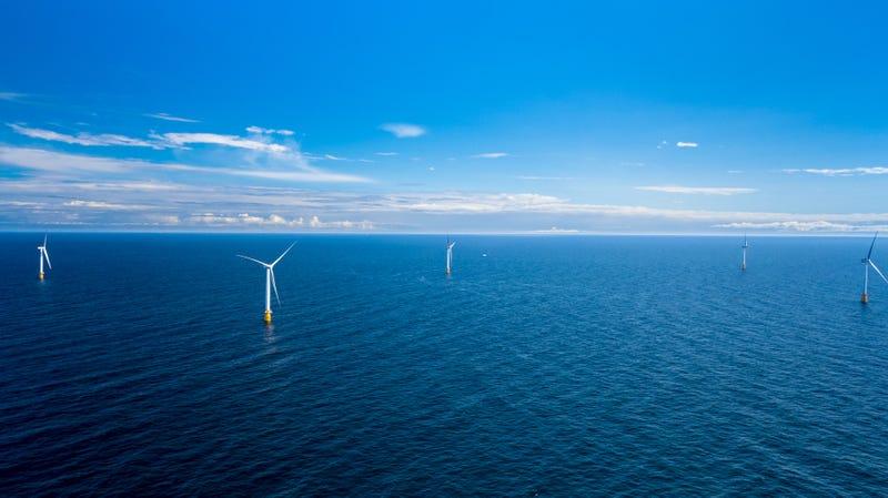 Illustration for article titled La primera granja eólica que flota sobre el mar ya ha comenzado a funcionar, dando energía a 20.000 hogares