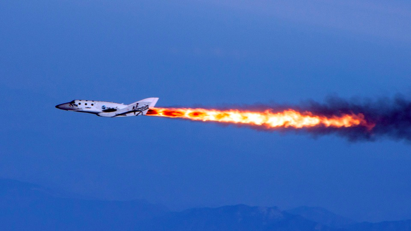 Illustration for article titled Virgin Galactic's SpaceShipTwo Has Been Lost – One Pilot Confirmed Dead