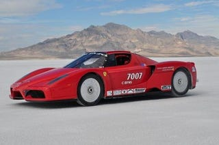 Illustration for article titled Twin-Turbo Ferrari Enzo Sets 238 MPH Record