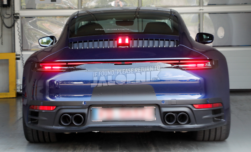 Illustration for article titled All Porsche 911s Will Go Widebody Next Year: Report
