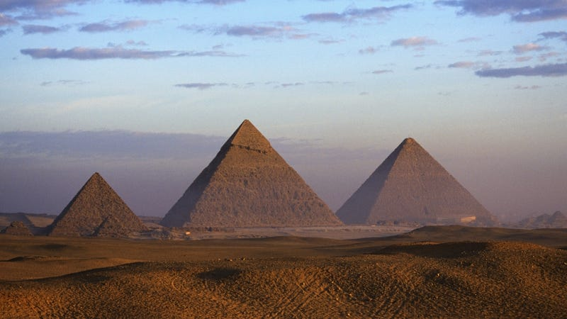 10 Bizarre Theories About The Pyramids That DON'T Involve Aliens