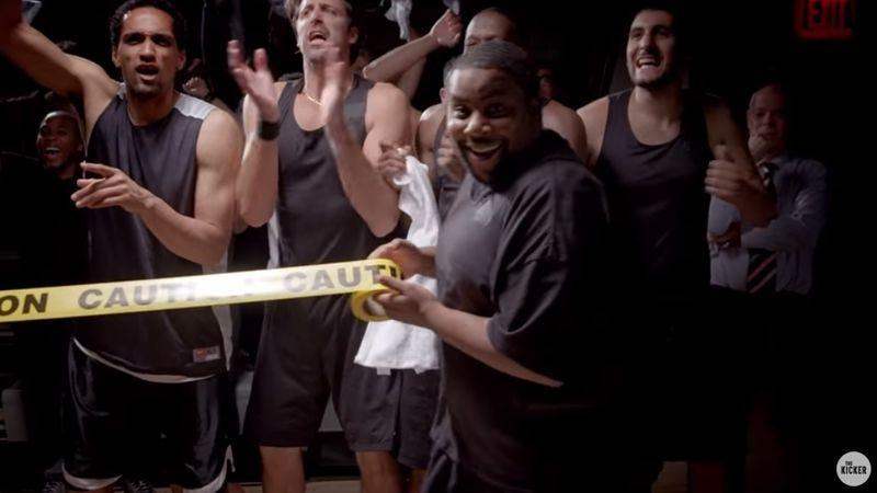 Illustration for article titled Kenan Thompson holds 'em back in an anthem for basketball benchwarmers