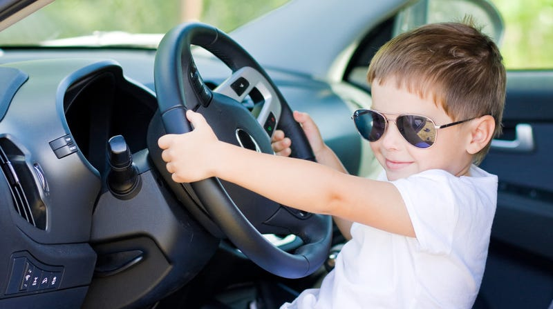 Illustration for article titled 4-year-old steals great-grandfather's SUV for candy-buying joyride