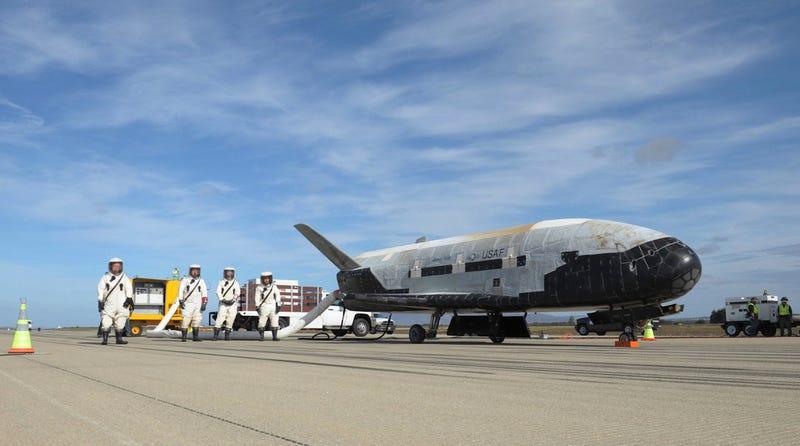 Illustration for article titled La nave más enigmática de EE.UU. acaba de lograr un récord en el espacio: orbitando la Tierra 719 días