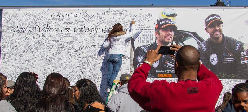 Illustration for article titled Porsche Isn't At Fault For Paul Walker's Deadly Carrera GT Crash: Judge