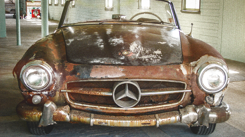 Illustration for article titled Will This Cheap Barn Find Mercedes Be Worth Millions If Restored?