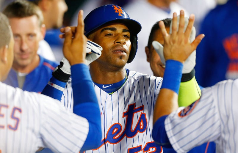 Illustration for article titled Yoenis Cespedes Credits First Mets HR To Rally Parakeet