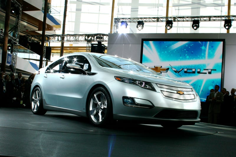 Illustration for article titled Chevy Volt, Live And Unplugged!
