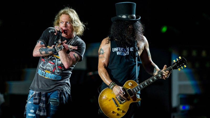 Illustration for article titled Guns N' Roses' classic lineup tempts fate, extends Not In This Lifetime tour