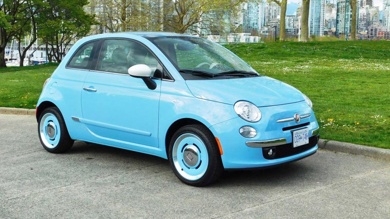 Illustration for article titled The Fiat 500 is a car that I like.