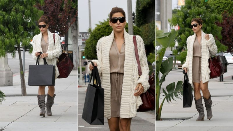 Illustration for article titled Dear Eva Mendes, We'd Like To Borrow Your Sweater. And Sunglasses.