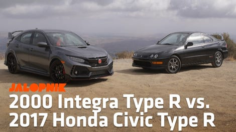 This Is How Hard It Is To Wrap A Honda Civic Type R