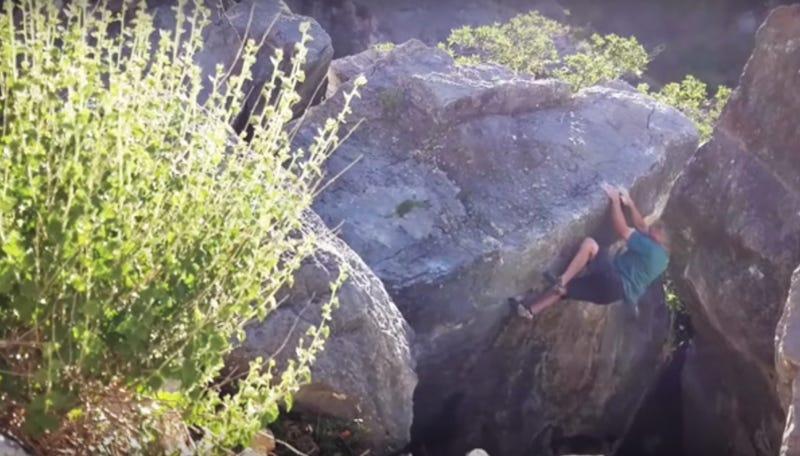 Illustration for article titled Huge Chunk Of Boulder Breaks Off In Climber's Hands