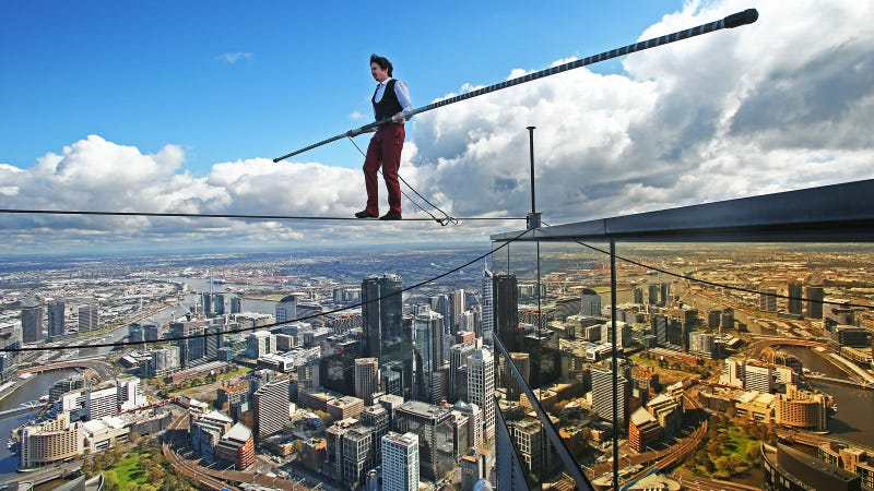 Illustration for article titled The Highest Tightrope Walk in The Southern Hemisphere Looks Terrifying