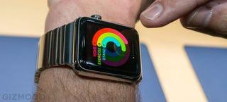 Illustration for article titled Tim Cook explica que el Apple Watch podría llevarse en la ducha