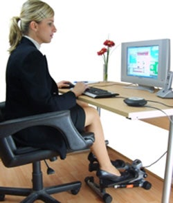 Cubicle Stepper Combines Work And Exercise Two Things