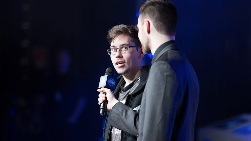 Secret's PieDieLie at ESL One New York, by Robert Paul for ESL. Source
