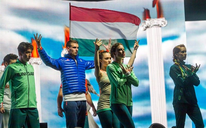 Illustration for article titled Hogy tetszenek-e nekem a magyar olimpikonok új ruhái?