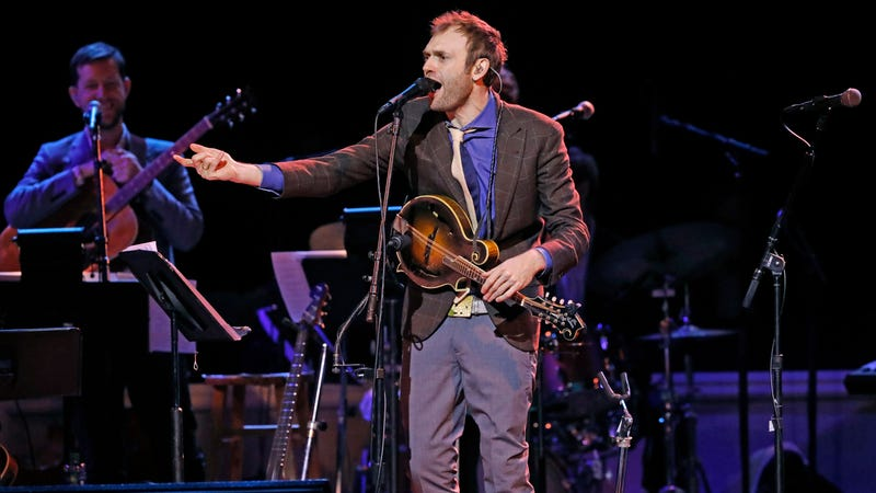 Chris Thile, host of A Prairie Home Companion, performs at Symphony Center Saturday, in January 2017 in Chicago. (Photo: Nuccio DiNuzzo/Chicago Tribune/TNS via Getty Images)