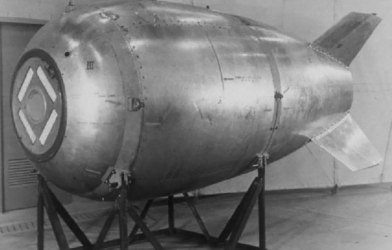 Maqueta de una bomba nuclear Mark IV como la que cargaba el B-36B