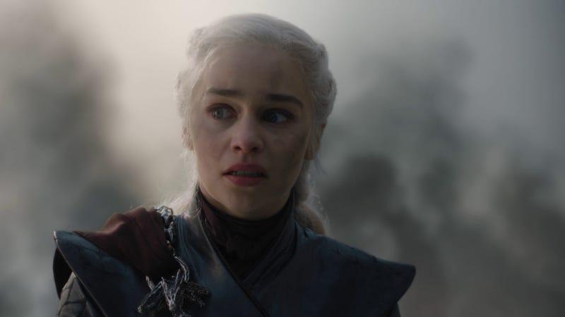 Illustration for article titled Los creadores de Juego de Tronos explican la decisión de Daenerys
