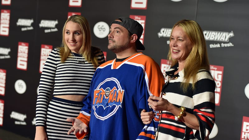 Kevin Smith Gives Daughter 'Sorry Men Suck' Cake After She ... Kevin Smith Daughter