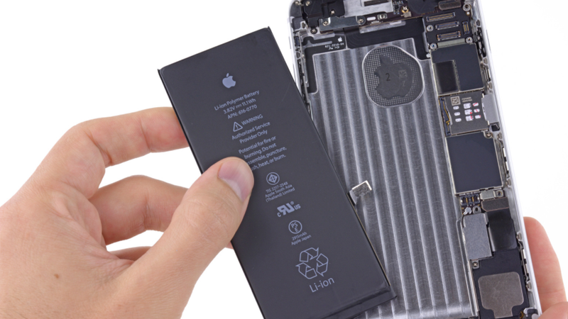 photo image How to Replace Your iPhone 6 Plus Battery Without Apple's Help
