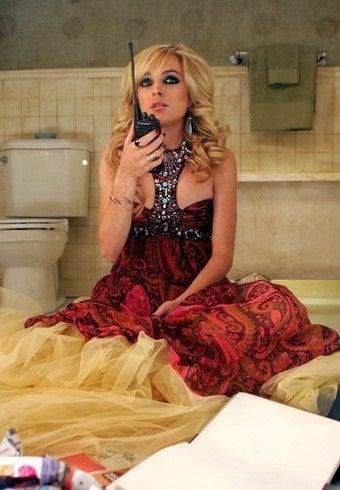 Illustration for article titled Lindsay Asks For Restraining Order; Kristen Has Embarrassing Nickname For Rob