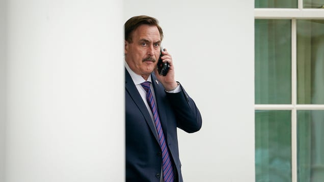MyPillow Guy Says He's Starting Some Kind of Little Twitter Platform That's  Not Just Like a Little Twitter Platform