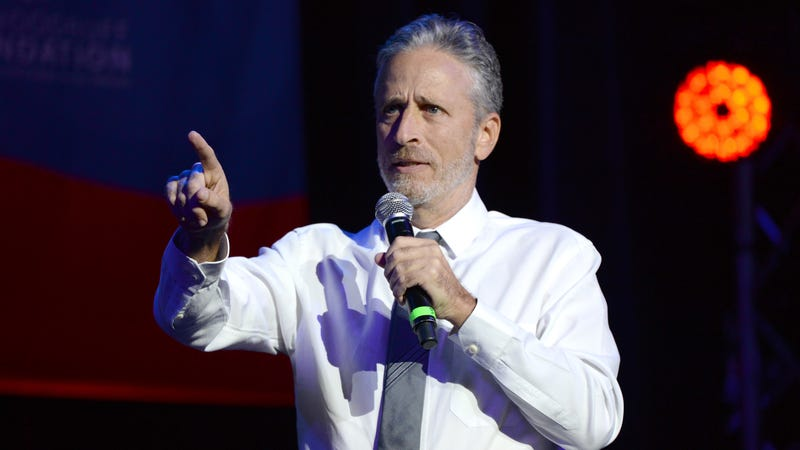 Illustration for article titled Jon Stewart thinks the Samantha Bee outrage was bullshit