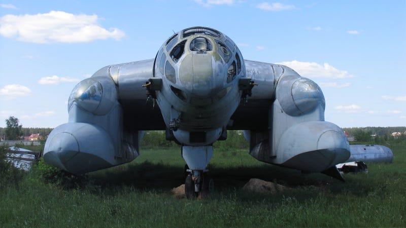 Illustration for article titled Exuberancia soviética del pasado: prototipos y maquinaria militar extravagante