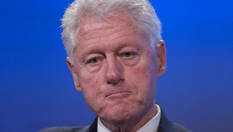 Illustration for article titled Bill Clinton Still Waiting For Personal Apology From Monica Lewinsky For Using Power As Intern To Exploit Him Sexually
