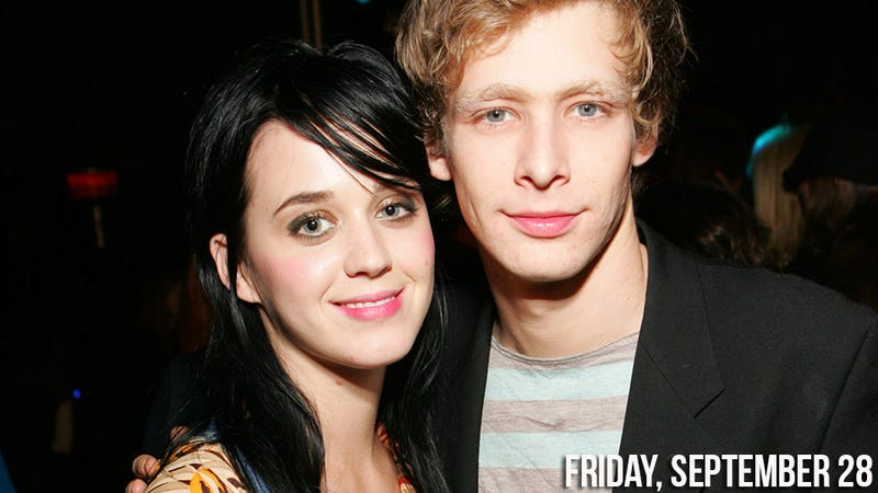Illustration for article titled Katy Perry Mourns The Death Of Troubled Ex-Boyfriend Johnny Lewis
