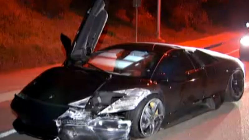 Illustration for article titled Couple That Crashed And Abandoned A Just Purchased Lamborghini On Monday Are Still At-Large