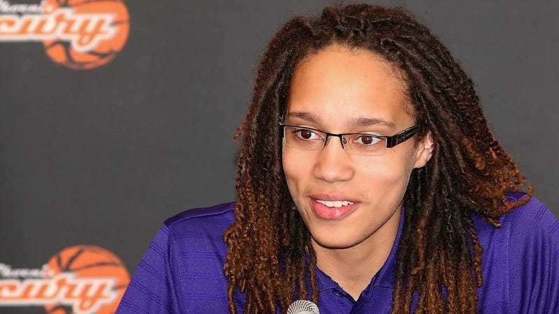 Illustration for article titled WNBA's Brittney Griner is The First Openly Gay Athlete To Sign With Nike