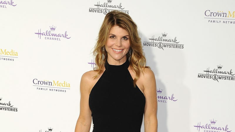 Illustration for article titled The Hallmark Channel Has Officially Cut Lori Loughlin Loose