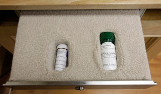 Illustration for article titled Abortion Provider Sues Over Abortion Pill Restrictions