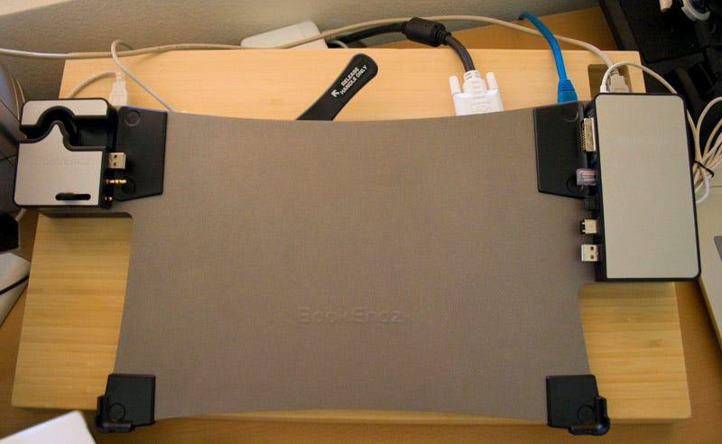 Illustration for article titled Lightning Review: BookEndz Docking Station for MacBook, MacBook Pro