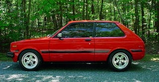 Illustration for article titled For $7,500, This Rotary-Powered 1981 Toyota Starlet Is Your Red Dwarf