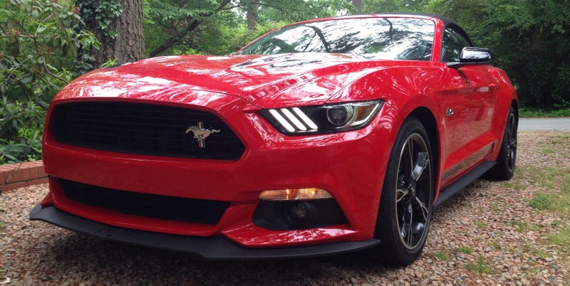 Illustration for article titled Take A Live Tour Of The 2016 Ford Mustang GT California Special Right Now