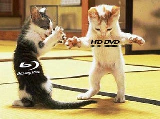 Illustration for article titled Blu-ray Outsells HD DVD Nearly 2-to-1 in US