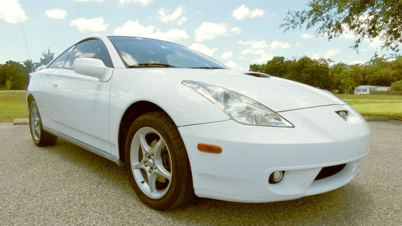 Illustration for article titled At $5,300, Could This 2000 Toyota Celica GT-S Prove a Point?