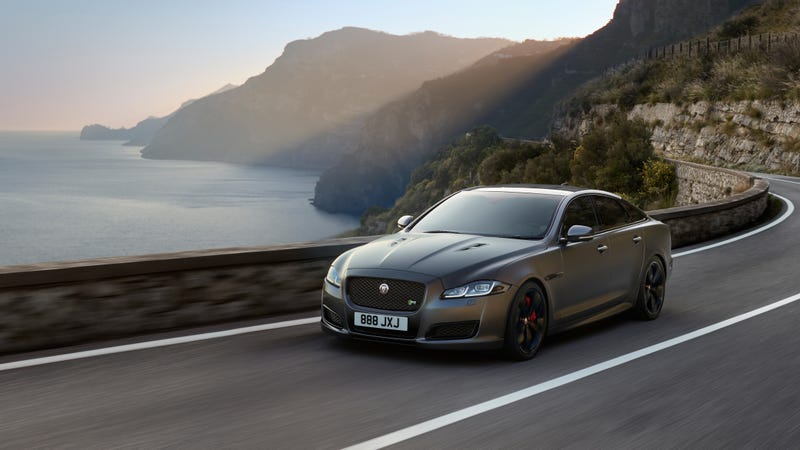 Illustration for article titled Jaguar's New XJR575 Can Hit 186 MPH In Just 44 Seconds
