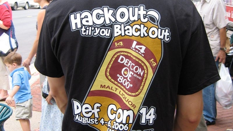 Illustration for article titled Hackers Just Banned the Feds from Attending DEF CON This Year