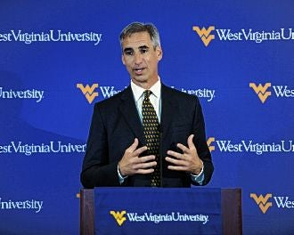 "Illustration for article titled Oliver Luck On West Virginia Leaving The Big East: ""Why Is Divorce So Expensive? Because It's Worth It."""